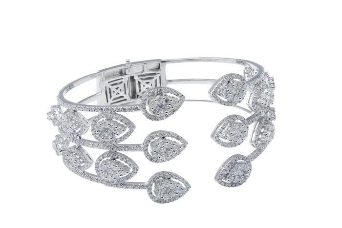compressed diamond cuff