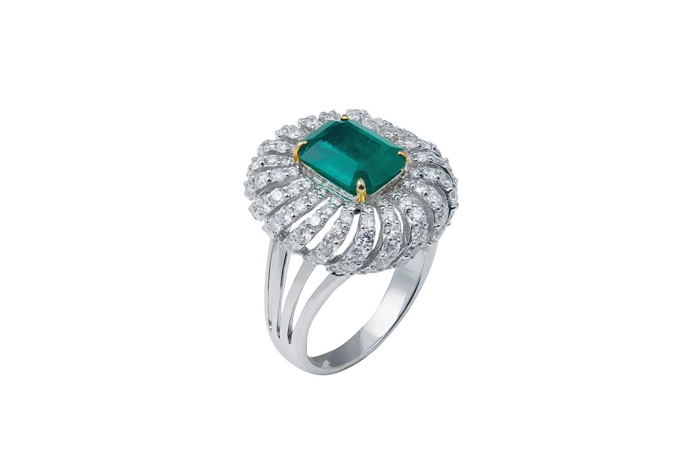 Zambian Emerald Diamond Ring